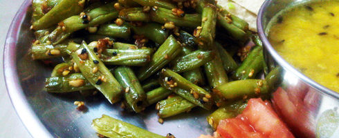 Beans with Crushed Peanuts and Sesame