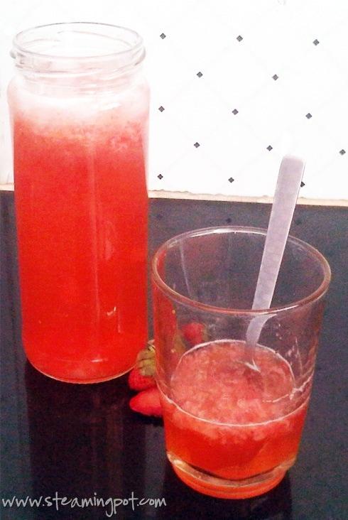 lemon-strawberry-cooler