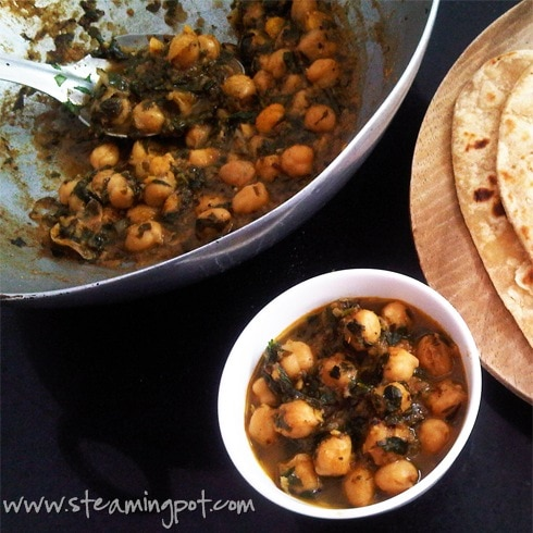 Fenugreek leaves and chickpea curry