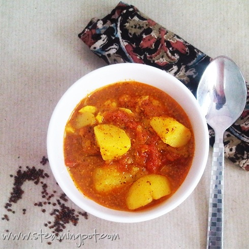 aloo-sarson-potatoes-in-mustard-sauce