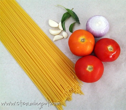 Pasta Sauce with Tomatoes: Ingredients
