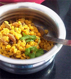 Chana Dal with Raisins