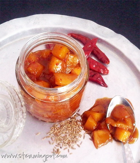 Mango and Ginger Chutney Bottle