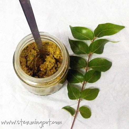 curry-leaf-peanut-chutney-490