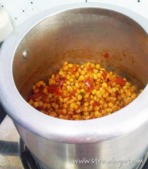 chana-dal-pressure-cooker