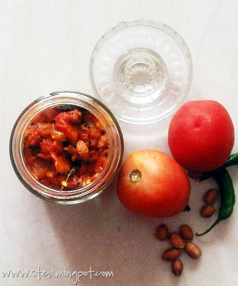 Tomato Ginger Chutney with Peanuts