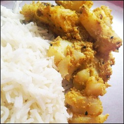 Aloo Posto: Potatoes in Poppy Seed Paste