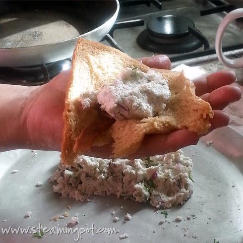 Paneer Stuffing in Bread