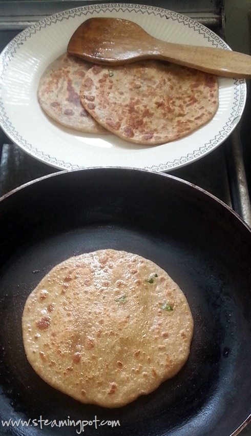 Stuffed Paratha, Cooking
