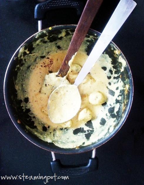 Dahi Arbi: Colocasia in Yogurt Sauce