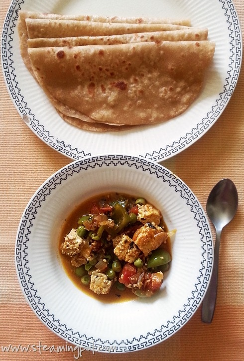Paneer Peas Capsicum Curry with Dosti