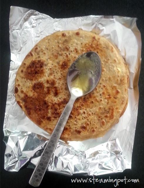 Gur ka Paratha - Jaggery Stuffed Flatbread