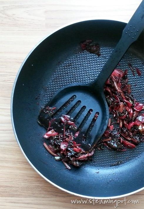 Red Spinach Stir Fried