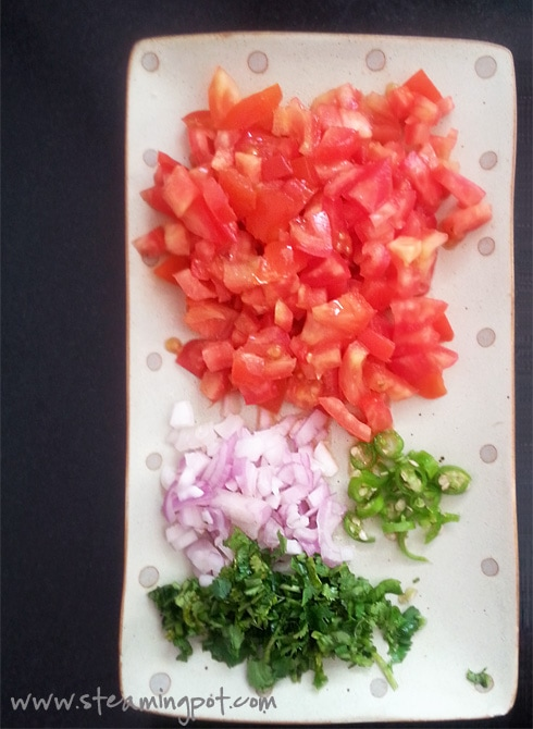 Chopped Tomatoes, Onions, Coriander, Green Chilies