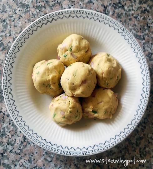 Sattu Chokha Balls