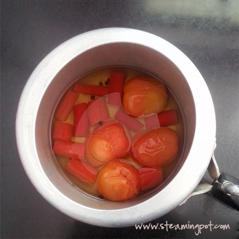 Tomatoes Carrots in Pressure Cooker