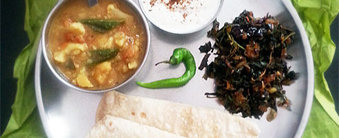 Chaulai Saag, Methi Dahi, Sambar, Green Chili, Chapatis