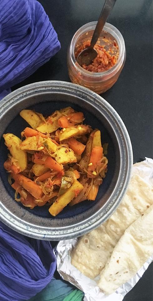 Aloo Gajar Sabzi - Potato Carrot Curry