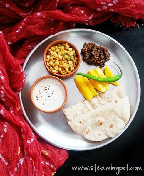 Methi Dahi, Chana Dal, Mooli Chutney, Mangoes