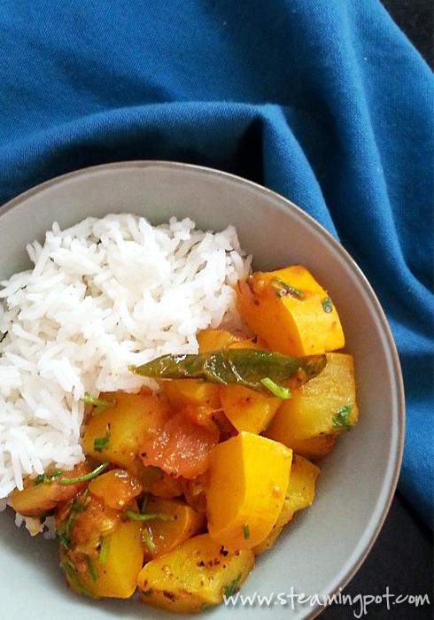 Zucchini Tomato Curry