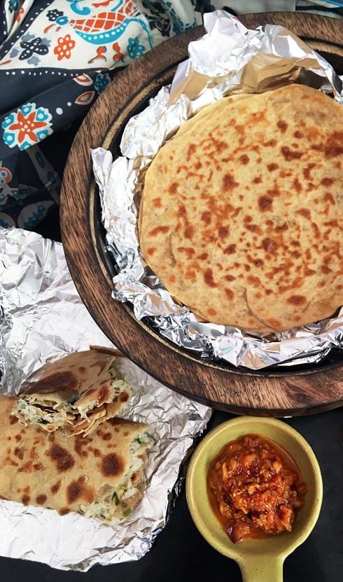 Garlic Chili Chutney with Parathas