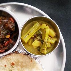Aloo Sahjan: Potato Drumstick Curry