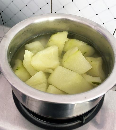Papaya Chunks Boiled