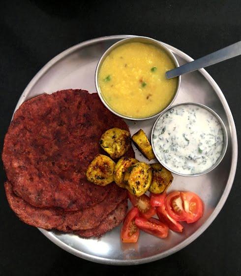 Beetroot Paratha, Mint Raita, Plaintain Crispy, Ginger Lime Moong